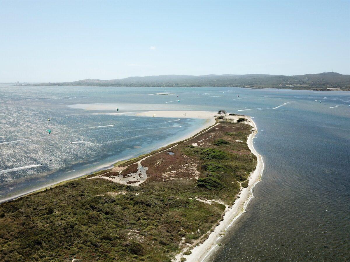 Punta Trettu Kite beach Sardegna, il miglior kite spot con acqua piatta e poco profonda
